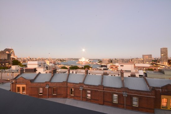 Sydney Harbour YHA: The view from our room 231