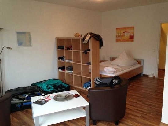 Apartments am Brandenburger Tor: Plenty of room for 2 in the Studio!