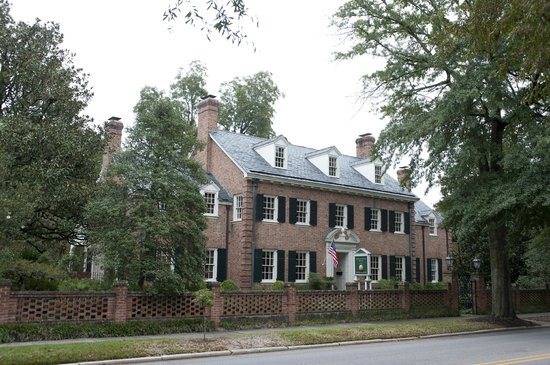 thomas walton manor prices b b reviews laurinburg nc. Black Bedroom Furniture Sets. Home Design Ideas