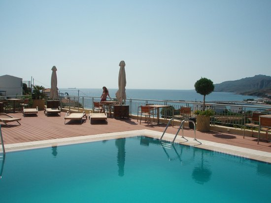 Kythea Resort: Πισίνα