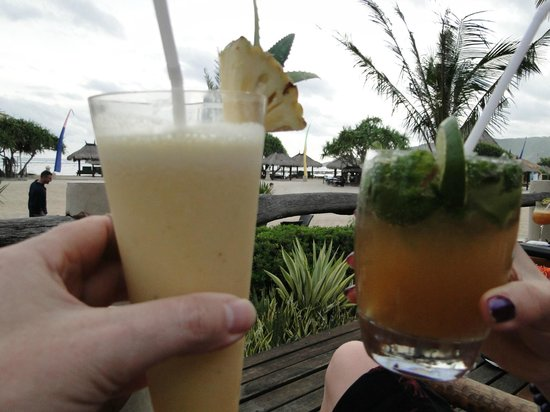 Cocktails on the beach, Novotel Lombok