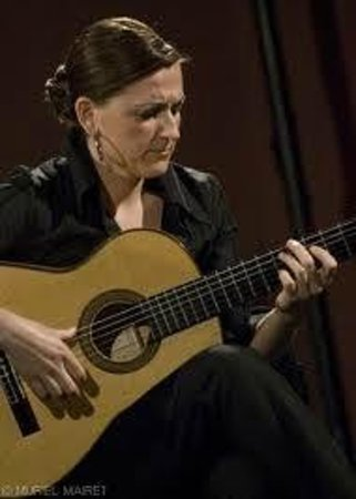 Celia Morales - Picture of Celia Morales Guitarra Flamenca Tradicional, Ronda...