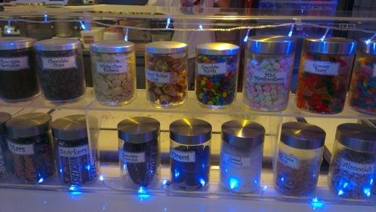 Chilly Moo's : Some of the toppings available