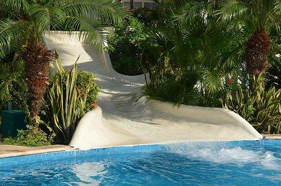 Secrets Aura Cozumel: Water Slides