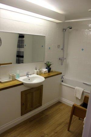 Higher Faugan Parc: Bathroom in room 1