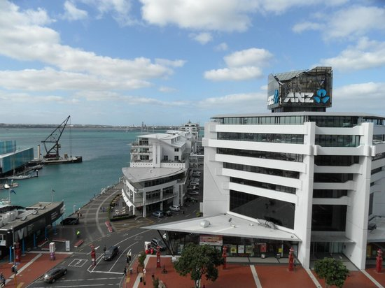 Copthorne Hotel Auckland HarbourCity: Front view of Princes Wharf & ANZ Building