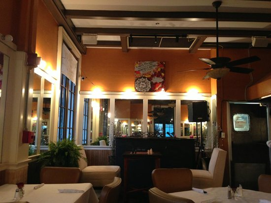 Montrel's Bistro : nice ambiance!