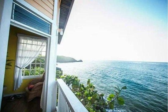 Paya Bay Resort: Cliffside room view