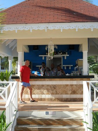 "Luxury Bahia Principe Ambar Don Pablo Collection: ""La oficina de la playa""-- the Ambar beach bar"
