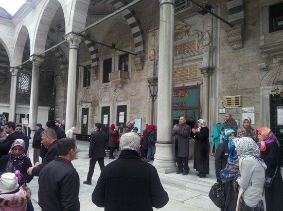 Historische Viertel von Istanbul: İstanbul Eyüp sultan camii 01.01.2014