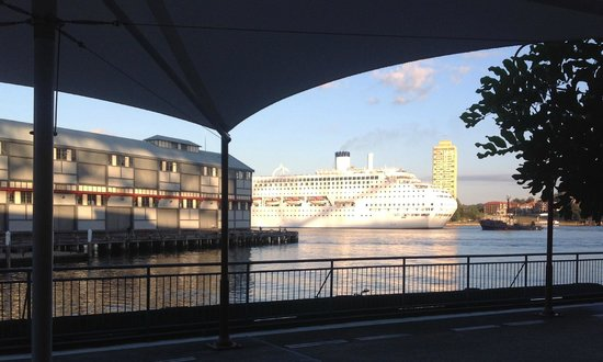 Pier One Sydney Harbour, Autograph Collection: morning view