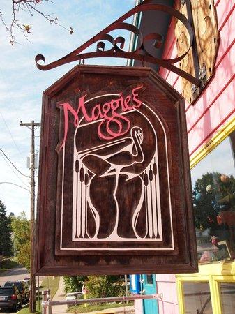 Maggie's Restaurant: Maggie's Sign