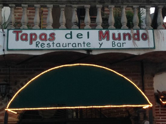 Tapas del Mundo: Below to the right is the stairway to the 2nd floor restaurant.