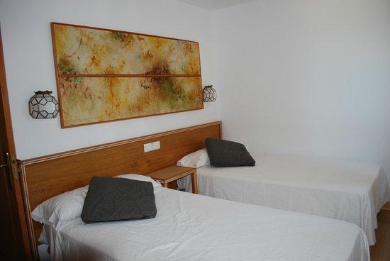 Apartamentos Les Dunes Suites: mooie slaapkamer