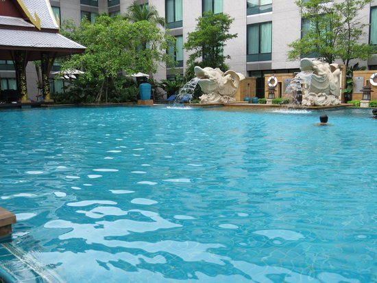 Novotel Bangkok Suvarnabhumi Airport: Pool