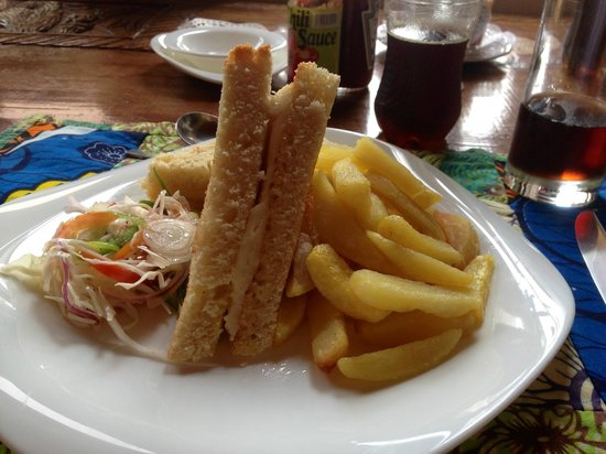 Silverback Lodge: Grilled cheese & chips