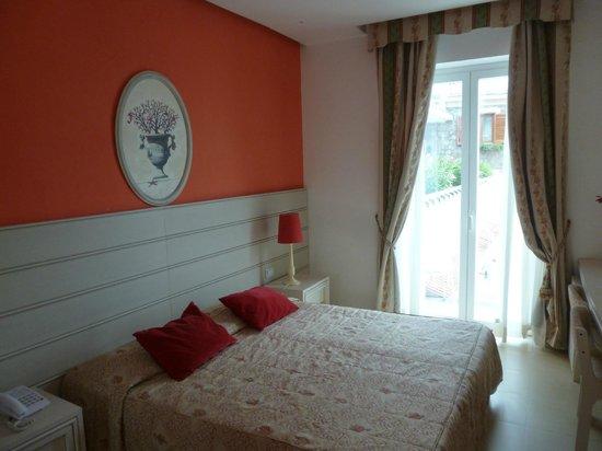 Hotel Corallo Sorrento : Room