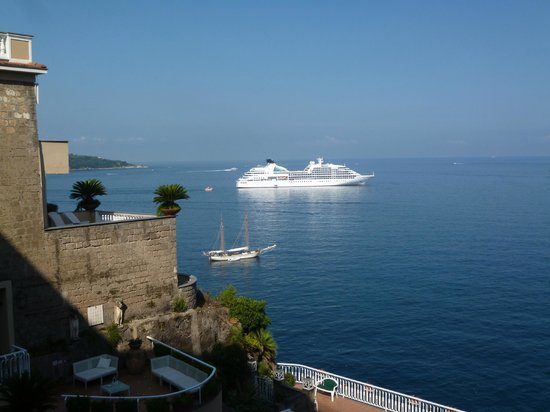 Hotel Corallo Sorrento: View