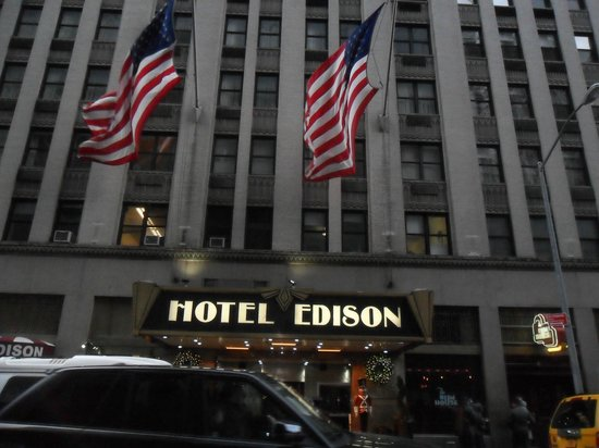 Hotel Edison Times Square : The Flags