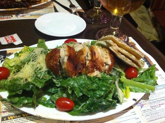 Dallas BBQ Times Square : Chicken caesar salad