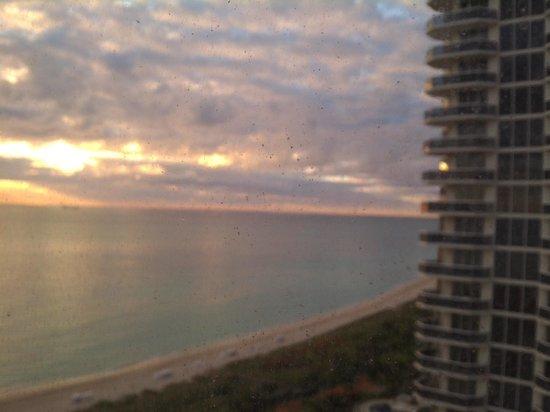 Miami Beach Resort and Spa : Vista desde la habitacion piso 17