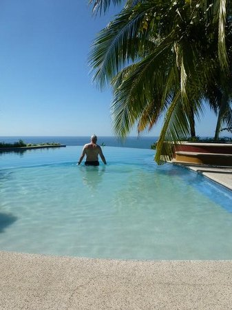 Hotel Vista de Olas: Infinite pool, it's the best