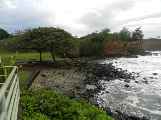 Keokea Beach Park: Watch For Monk Seals In This Area