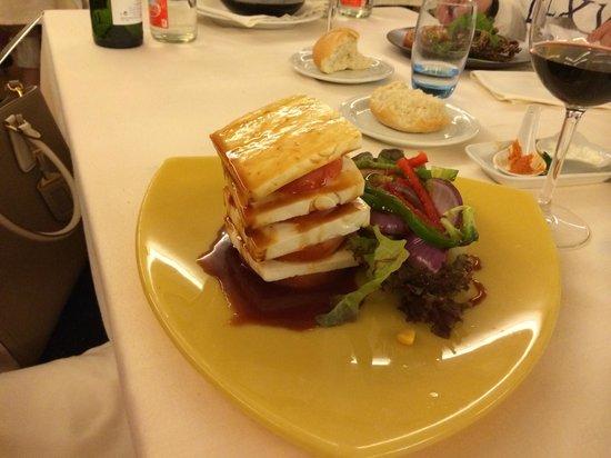 El Salsete: sirnii salat