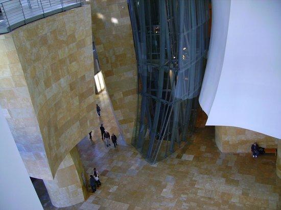 Guggenheim-Museum Bilbao: Interior del museo.