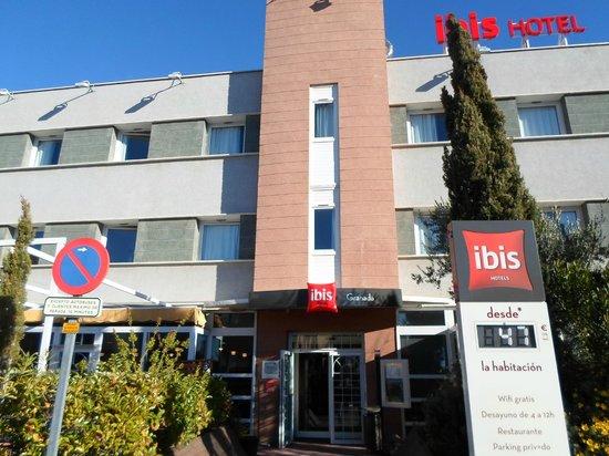 Hotel Ibis Granada: exterior del hotel