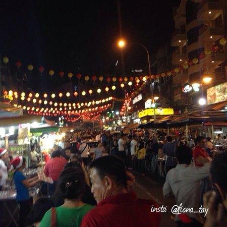 Jalan Alor : Night time 9pm