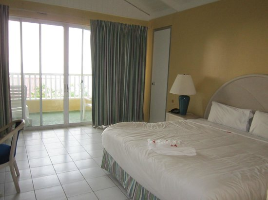 Halcyon Cove by Rex Resorts: room 358