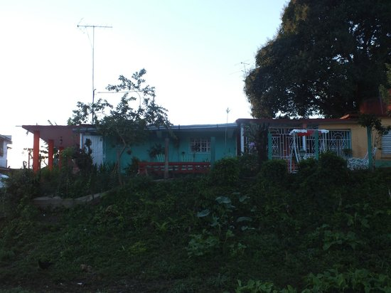 Casa Villa Gena : vista lateral