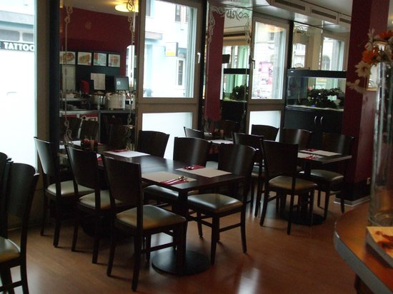 Thai Food Corner: Seating area