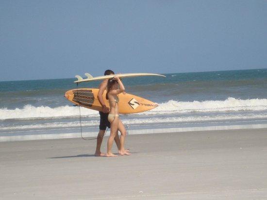 Jacksonville Beach: Surfers