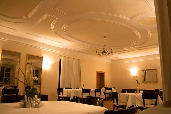 Schloss Blumenthal: Dining area