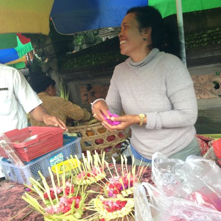 Lobong Culinary Experience: Market