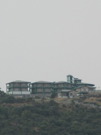 Polo Orchid Resort: Majestic hill top location