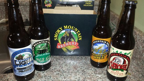 Smoky Mountain Brewery: We got a mix a six. These are some of the beers we chose. The micro brew beer is below average.