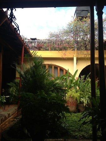 Casa San Martin: Interior garden