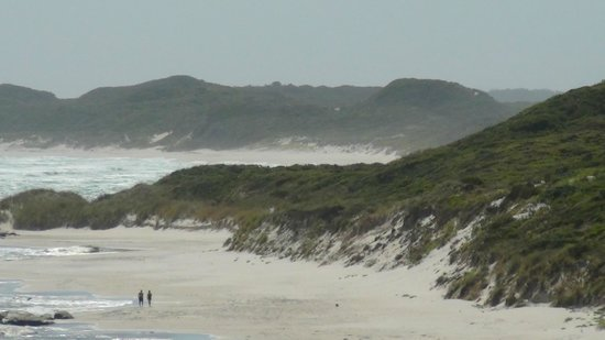 Elephant Rocks: Beach around the attraction