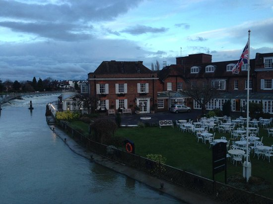 Macdonald Compleat Angler: View of the hotel from the Marlow Bridge