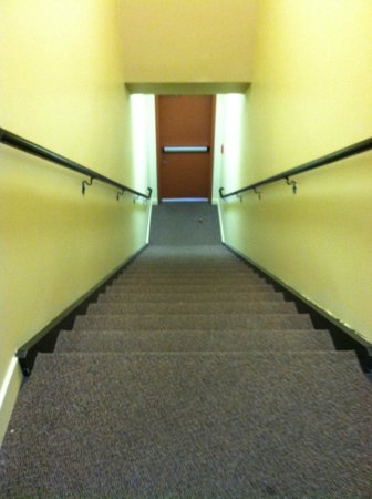 Kimpton Amara Resort & Spa: long stairs to room