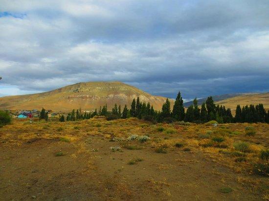 El Calafate, Plaza de los Pioneros: vista para o monte