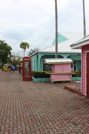 Port Lucaya Marketplace: marketplace