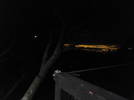 Hotel Alto Palomo : Vista impresionante durante la noche
