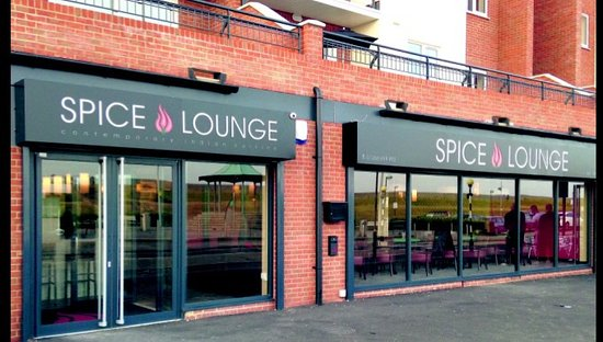 Spice Lounge Canvey : Shop front