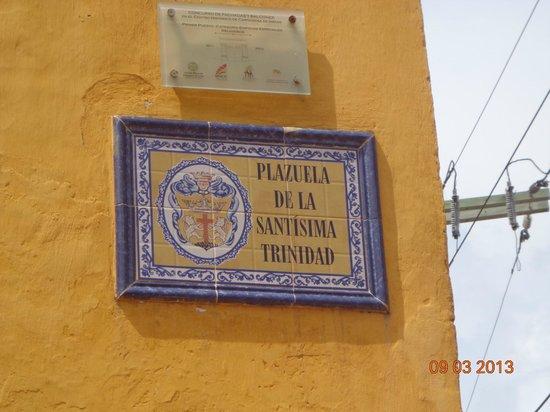Iglesia de la Trinidad : Cartel indicador del lugar
