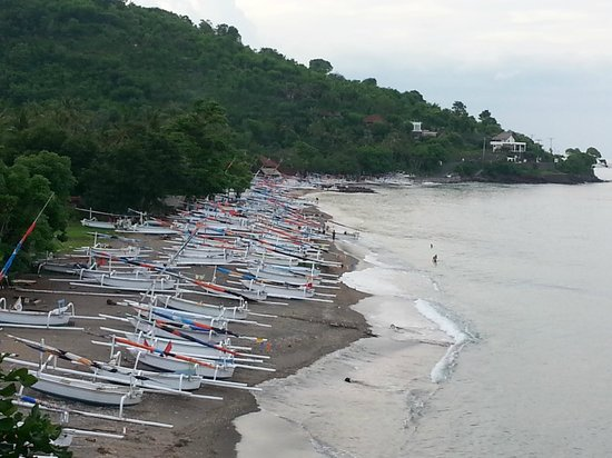 Blue Moon Villas: Fishing boats on a nearby beach that we strolled to.