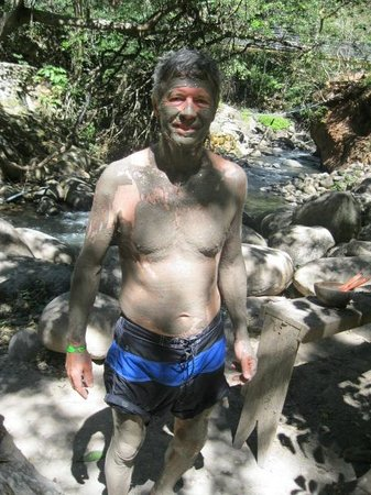 Hacienda Guachipelin: hot springs mud